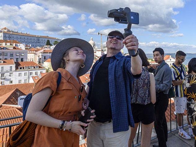 Turisti a Lisbona