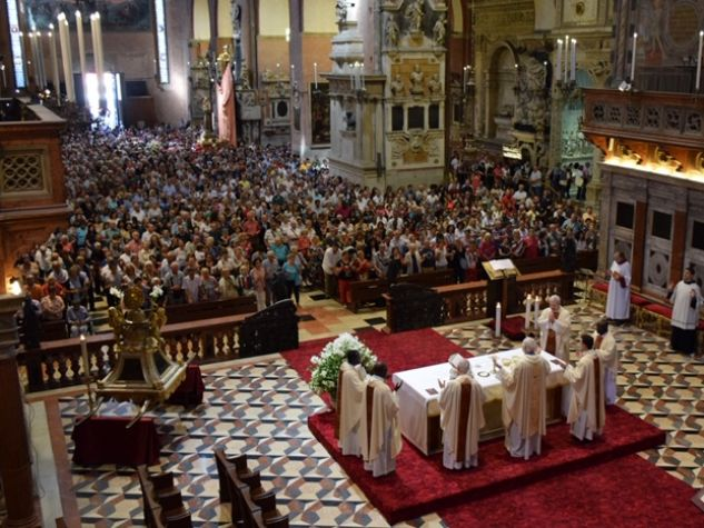Basilica del Santo celebrazione 13 giugno 2019 presieduta da fra Zamengo