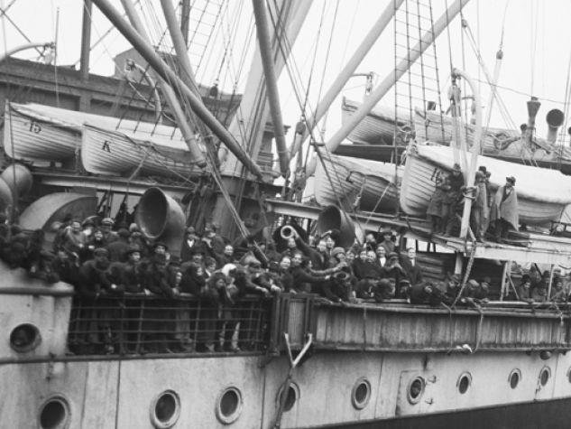 Nave carica di migranti italiani. Gennaio del 1920.