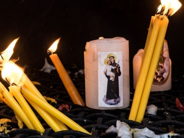 candele per sant'Antonio
