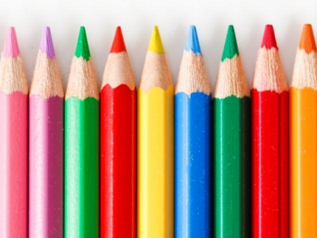 Matite colorate. Spesso anche in arte la pluralità è ricchezza.