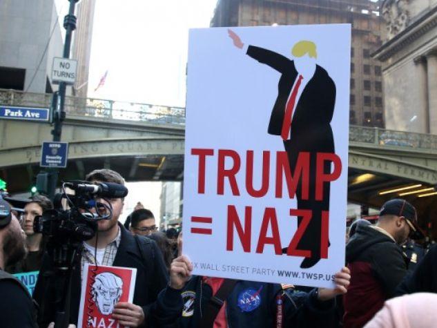 contestazioni contro la politica di Trump