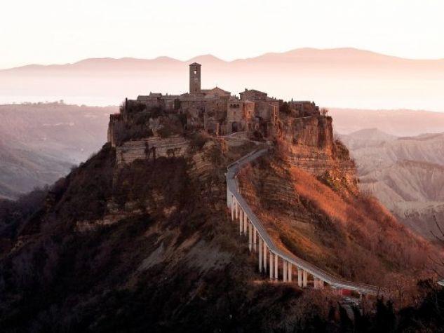 Una veduta del borgo di Civita