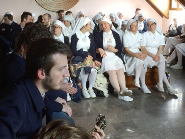le giovani e i giovani volontari Unitalsi in un momento loro dedicato