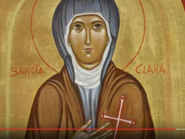 un'immagine di santa Chiara d'Assisi