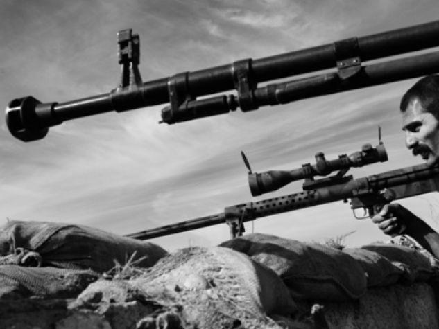 Combattenti del PKK durante operazioni  sul fronte di Kirkuk.