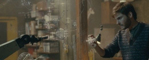 L'attore Daniel Bruhl interpreta Álex in una scena del film «Eva» (SP 2011).