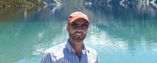 Luca Montagni durante un'escursione.