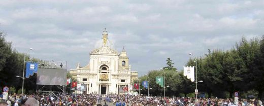 Basilica di Santa Maria degli Angeli: al suo interno è custodita la Porziuncola