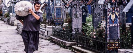 il cimitero allegro di Sanpanta