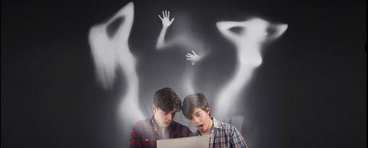 Adolescenti martellati da messaggi a contenuto sessuale