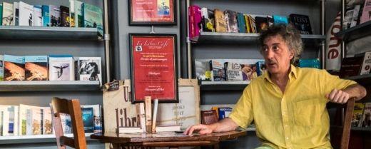 Michele Gentile nella sua libreria