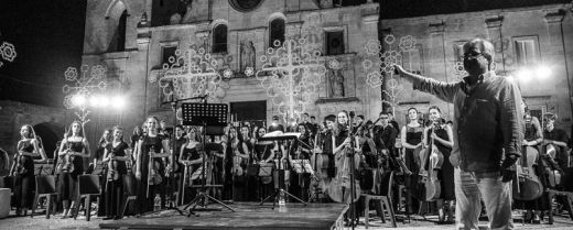 La European Spirit of Youth Orchestra si esibisce a Matera in questo scatto di qualche tempo fa.