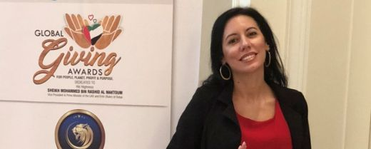 Silvia Vianello mentre riceve il premio come Top Middle East Woman Leader.