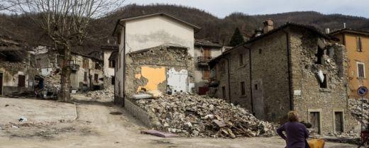 Davanti alle rovine di Grisciano