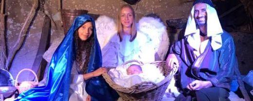 """Sacra famiglia alla """"Passeggiata a Betlemme"""" di Melbourne"""