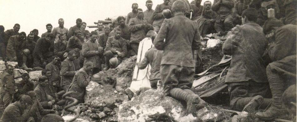 Celebrazione della Santa Messa sulle pendici del Monte Ortigara - 1917
