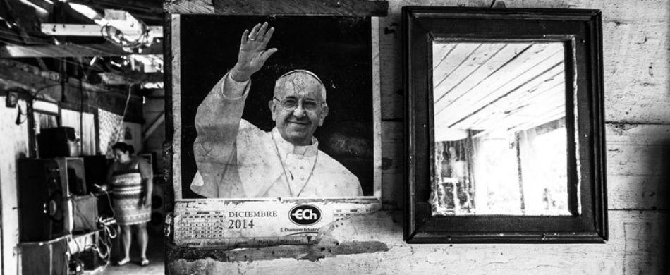 Foto di papa Francesco in una casa in Nicaragua