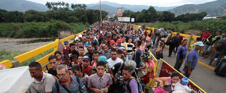 venezuela, in fuga dalla fame