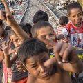 Calcutta: lo slum a filo dei binari - Giovanni Mereghetti