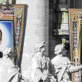 14 ottobre. I ritratti di papa Paolo VI e dell'arcivescovo salvadoregno Oscar Romero esposti in piazza San Pietro durante la loro canonizzazione presieduta da papa Francesco. - Alessandra Benedetti - Corbis/ Getty Images
