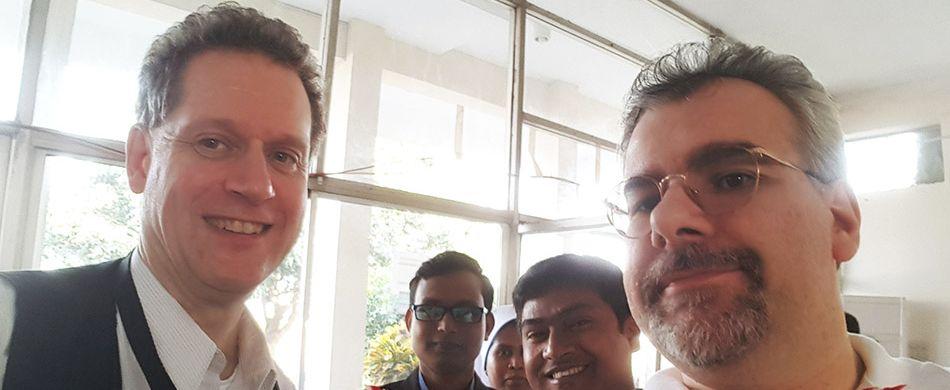 Nel febbraio scorso fra Paolo Floretta e fra Alessandro Ratti hanno portato le reliquie del Santo nella capitale Dacca, e poi a Chittagong, Barisal, Mymensingh, Rajshahi, e in alcuni centri minori. - © fra Paolo Floretta e fra Alessandro Ratti
