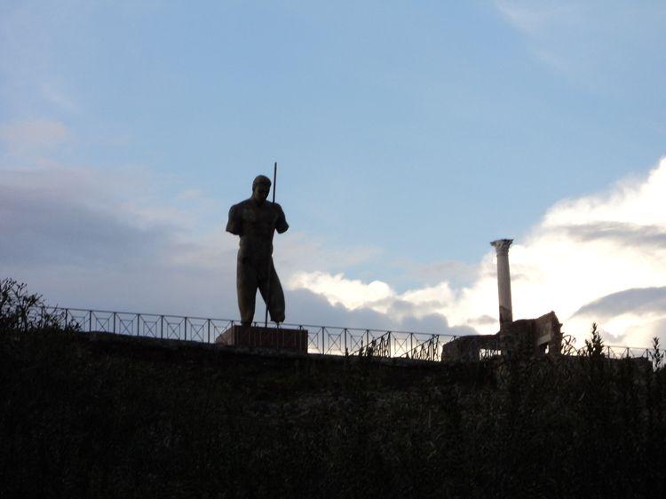 Fino all'8 gennaio saranno in esposizione a Pompei le statue bronzee di Igor Mitoraj -