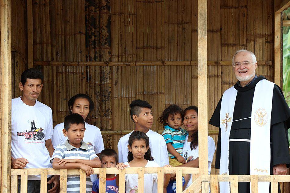 Progetto 13 giugno Caritas Antoniana. 75 casette per le famiglie che vivono nella foresta dell'entroterra di Jama in Ecuador: è il progetto lanciato per la Festa di sant'Antonio, e che sarà sostenuto dai lettori del Messaggero di sant'Antonio. - FABIO SCARSATO