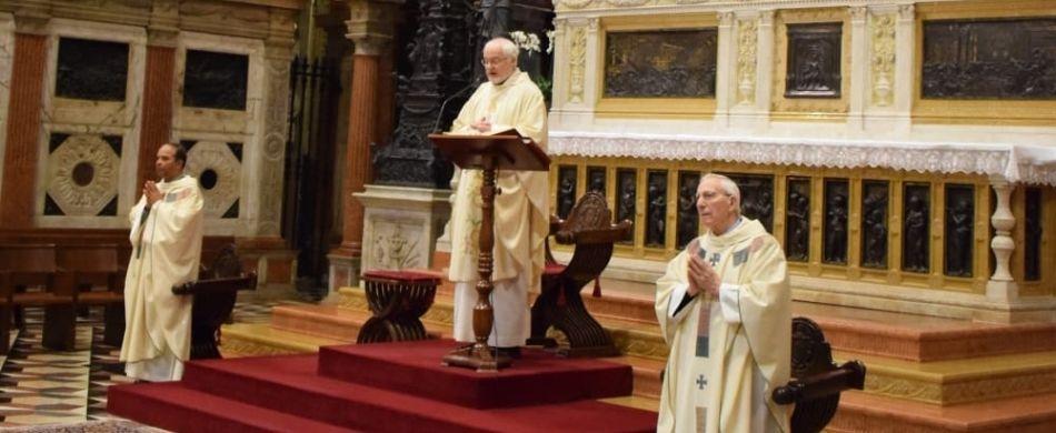 Un momento della Santa Messa.