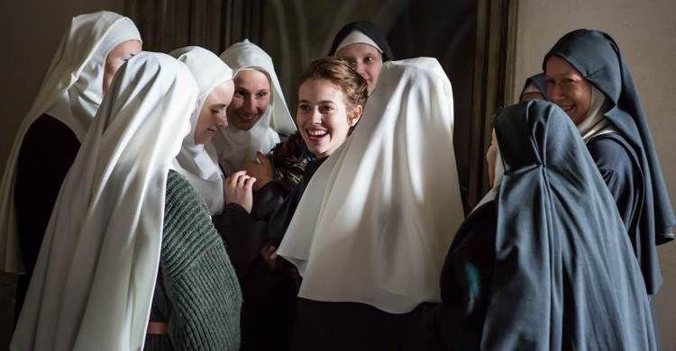 Alcune protagoniste di «Agnus Dei» in una scena del film.