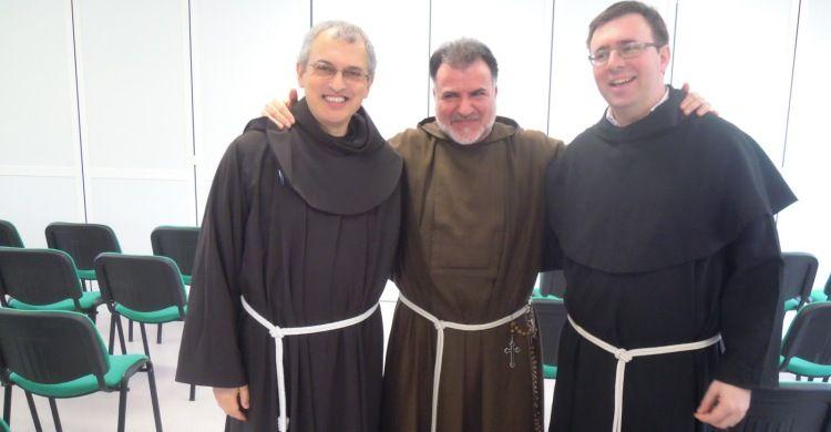 I frati nel convento di plastica di Amatrice