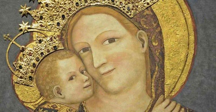«Maria sempre ci porta a Gesù»
