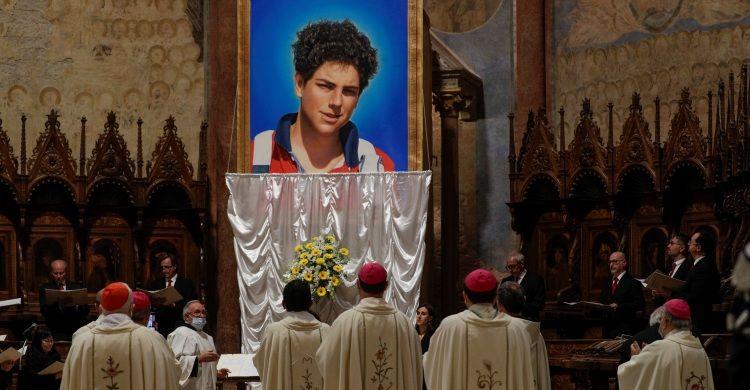 La cerimonia di beatificazione di Carlo Acutis, celebrata dal Cardinale Agostino Vallini nella Basilica di san Francesco ad Assisi lo scorso 10 ottobre.