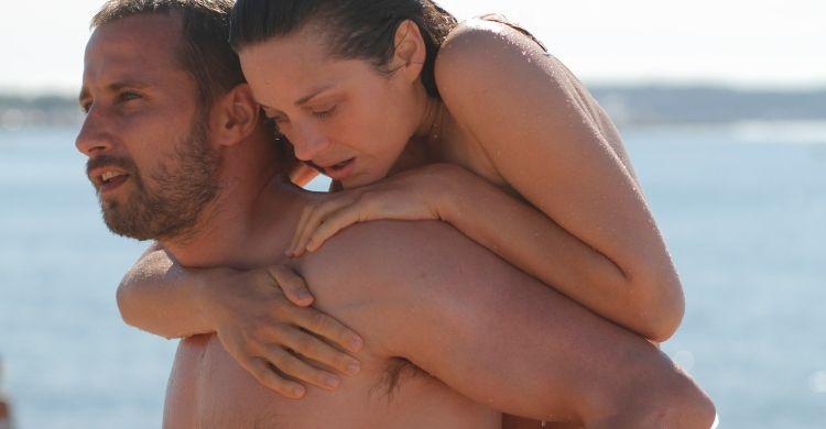 Marion Cotillard e Matthias Schoenaerts in una scena del film «Un sapore di ruggine e ossa» (2012).