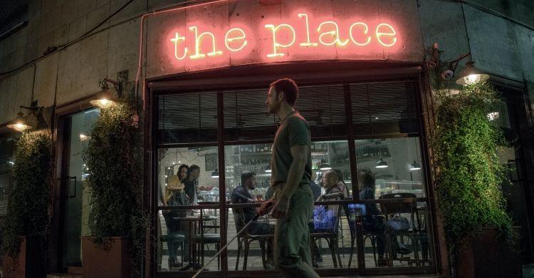 Una scena tratta da «The Place» di Paolo Genovese.